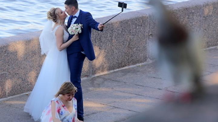 Самоизоляция ударила по бракам в России