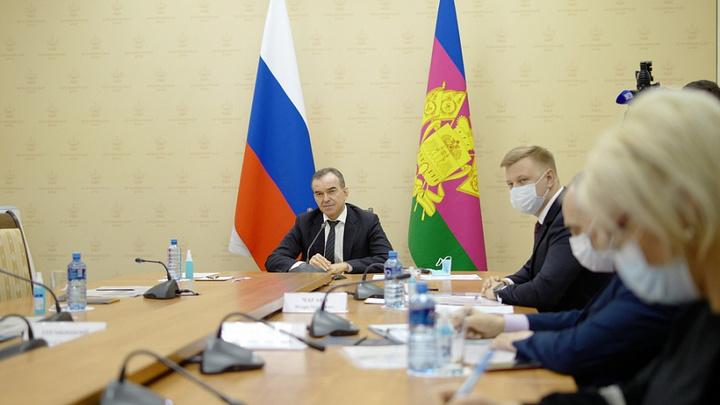 Районы не газифицированы, парки требуют ремонта: глава Кубани выслушал критику