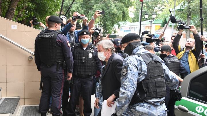 Пашаев назвал трёх друзей, подставивших Ефремова: Один из них его и...