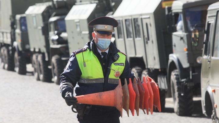 Столкновение трёх машин заблокировало движение на улице Сибиряков-Гвардейцев