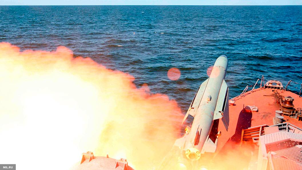 За 40 млрд рублей крейсер Адмирал Кузнецов отремонтируют до 2020 года