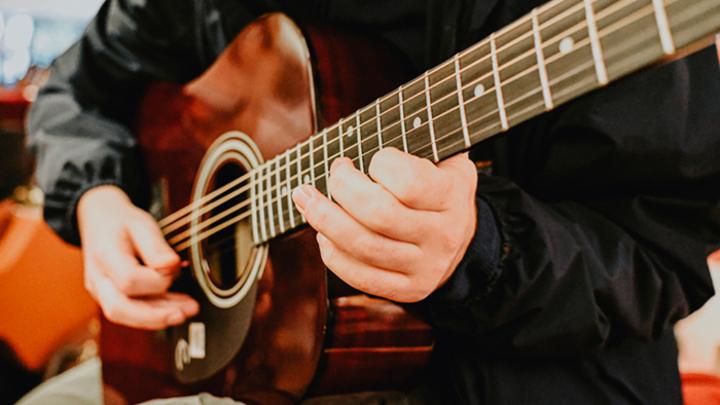Что такое квартирник и почему растёт популярность домашних концертов