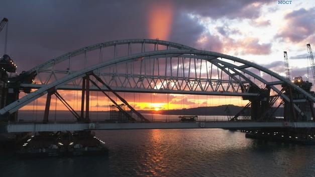 Железную дорогу по Крымскому мосту будут достраивать силами студентов