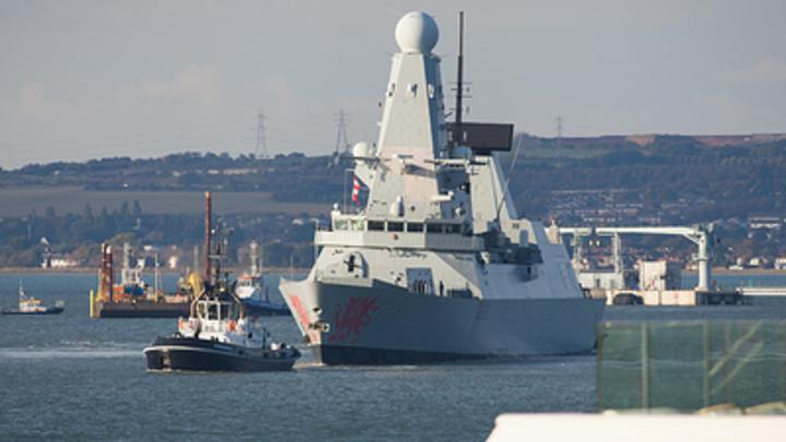 Военные корабли НАТО форсируют Черное море - СМИ