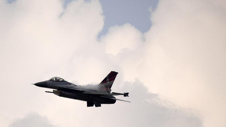 Самолеты НАТО трижды за неделю сопроводили российские Ан-26 и Ил-20