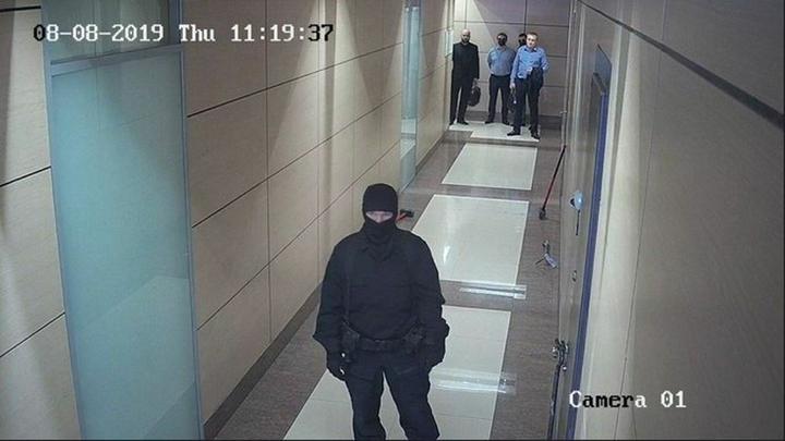 Следователи пришли в 37 штабов Навального из 45 по делу об отмывании ФБК 1 млрд рублей