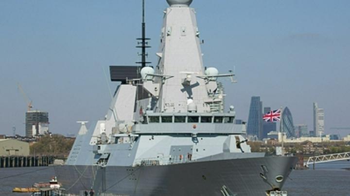 Если вы не измените курс: Вторая минута видео с эсминца разоблачила ложь британцев