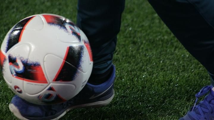 УЕФА накажет Спартак за брошенный с фанатской трибуны файер