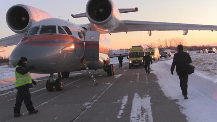 Двоих детей и троих взрослых доставили из Крыма на лечение в столицы