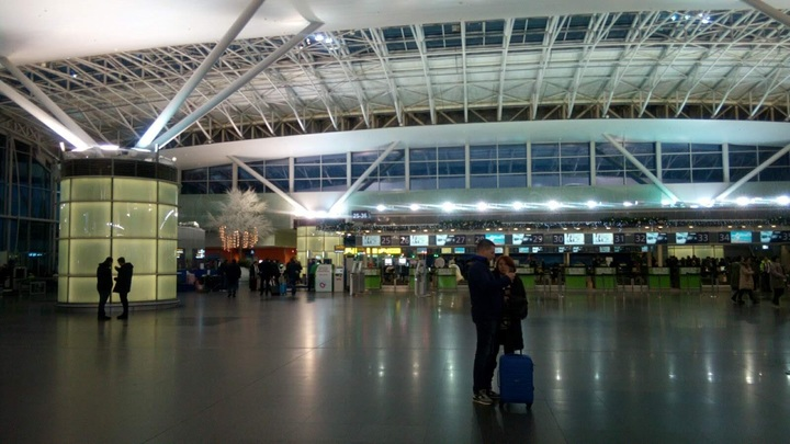 Аэропорт будущего: Пассажиров начали считывать по глазам