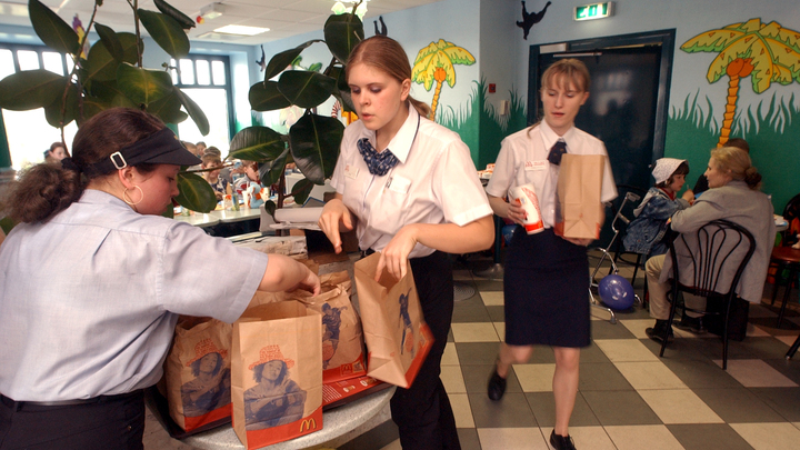 Во Владимирской области ограничили работу фуд-кортов в торговых центрах