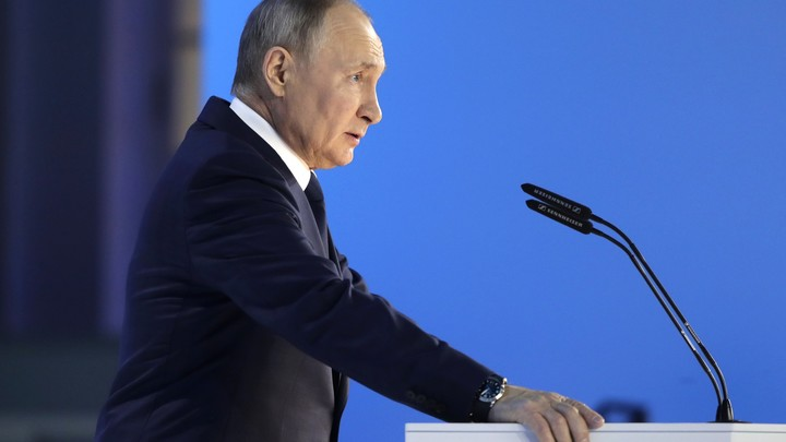 Это всё не с потолка берётся: Песков оценил затраты на реализацию социальных предложений Путина