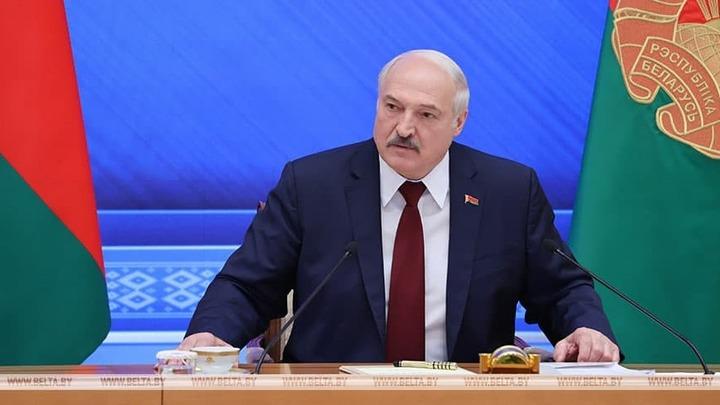 Беларусь больше не нейтральна: Проект изменений в Конституцию должны представить до 1 сентября