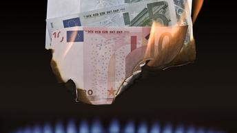 Росстат снял розовые очки: реальные доходы россиян упали вполовину