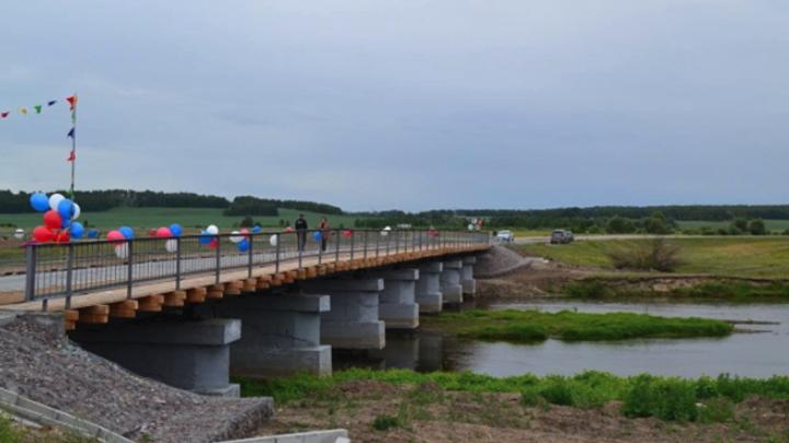 В Курганской области закончили ремонт Белоярского моста и открыли проезд для автомобилей