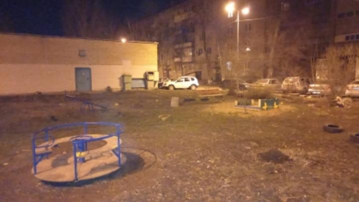 В Самаре подросток получил пулевое ранение в голову на детской площадке