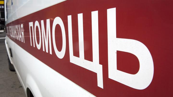 Осталась жива: В Москве девочка-подросток упала с 6-го этажа детской больницы - источник