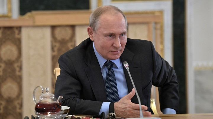 Мы никогда не говорили о внутренней политике: Путин рассказал об отношениях с Берлускони