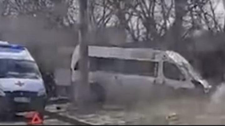 Есть пострадавшие: маршрутка с пассажирами попала в аварию в Челябинске