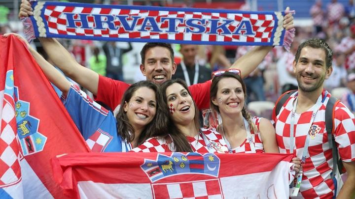 Адриатические курорты, галстуки и футбол мирового уровня: Что мы знаем о Хорватии