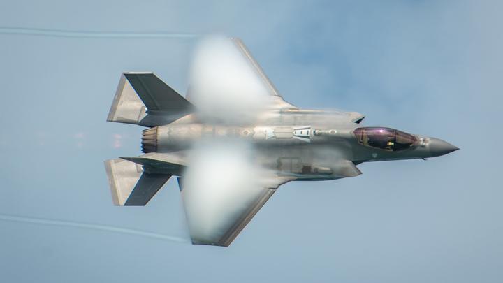 США готовят вторжение? Американцы отработали быструю переброску F-35 к границе России