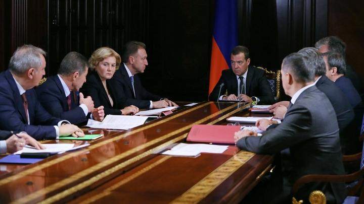 Названы возможные кандидаты на вылет из правительства Медведева