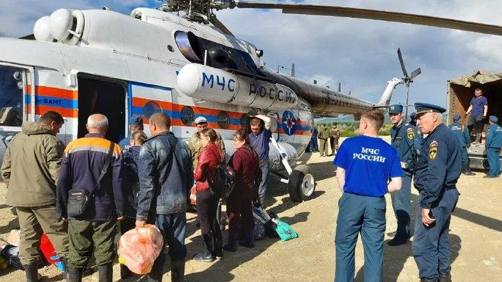 Продукты, медикаменты и эвакуация: как работают спецслужбы в затопленных районах Забайкалья