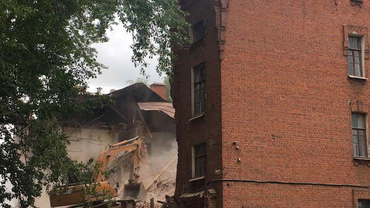 В Казани сносят вековые Арские казармы - памятник русской военной готики