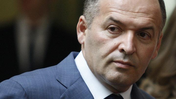 Непотопляемый Виктор Пинчук исключен из рядов сепаратистов