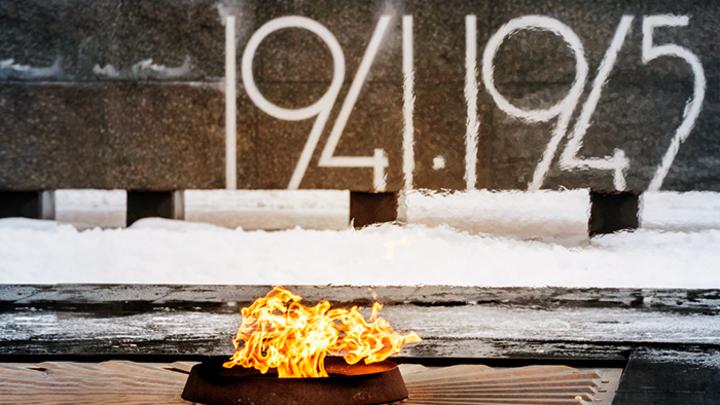 Компартия русофобов: Кто плюёт на память жертв ВОВ?