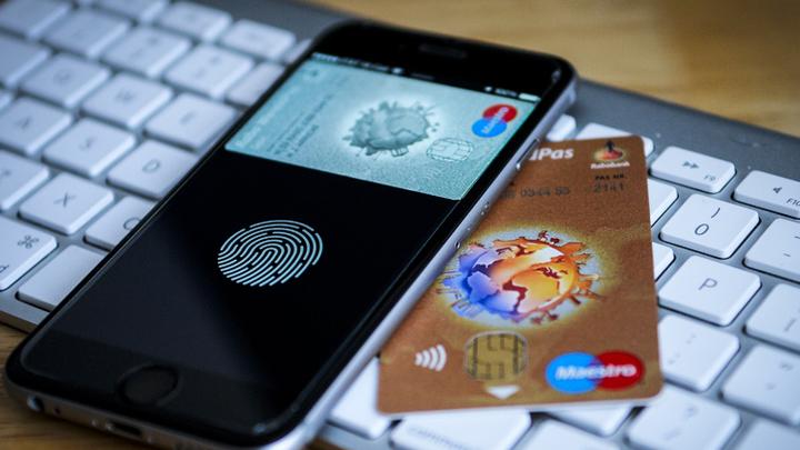 «Смартфон, пожалуйста»: Телефон заменит пластиковые карты