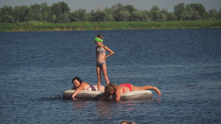От Голиковой потребовали открыть восемь стран для туристов из России