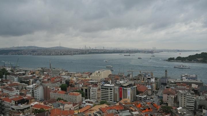 Два русских корабля с Калибрами - это ясный сигнал: Перекроет ли Турция проход через Босфор и Дарданеллы?