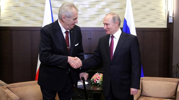 Полковник Баранец резко высказался о чешском скандале: Пока Земан не позвонит Путину