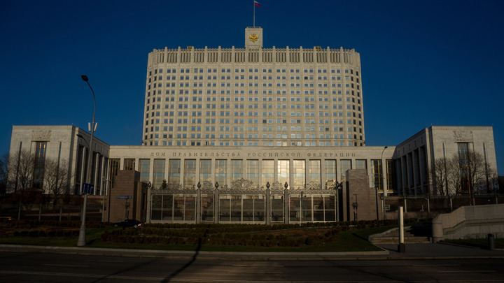 Правительству дали право вводить режим ЧС. Путин утвердил закон