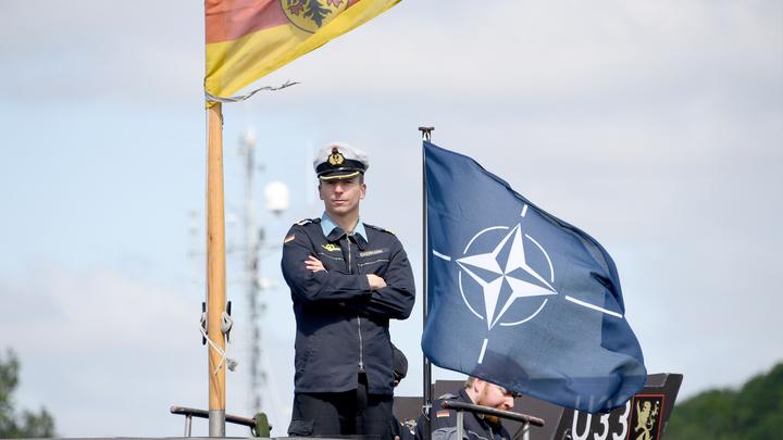НАТО обоснуется в Чёрном море? Ждущая нападения Украина позвала папу