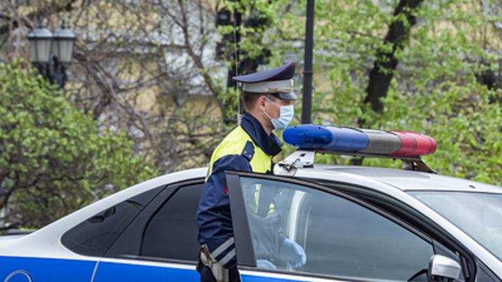 Иномарка сбила женщину на пешеходном переходе в центре Новосибирска