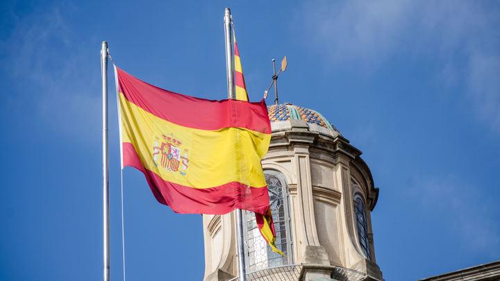 «Самый недостойный министр в истории»: Главу МИД Испании публично оскорбили в парламенте