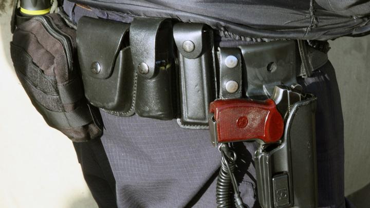 В Томске вооружённый мужчина напал на сотрудников Росгвардии