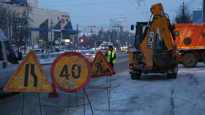 Сердце радуется: в Челябинске трактора показали образцовую уборку снега