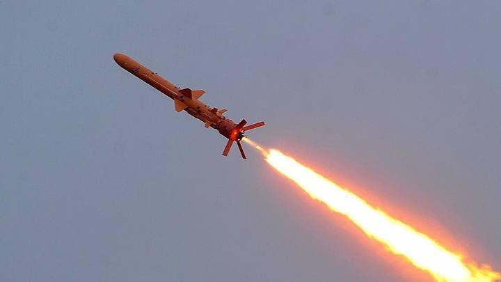 Бить вглубь России: Киеву предложили оружие сдерживания против Москвы