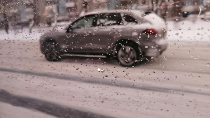 В Челябинске в центре города полиция оцепила улицы