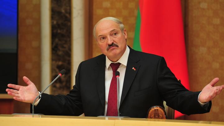 Мы убиваем людей в этих квартирах: Лукашенко восстал против изоляции из-за коронавируса