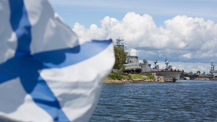 Своего флота нет, насолим соседу: Украина заморозила поставки судовых двигателей РФ