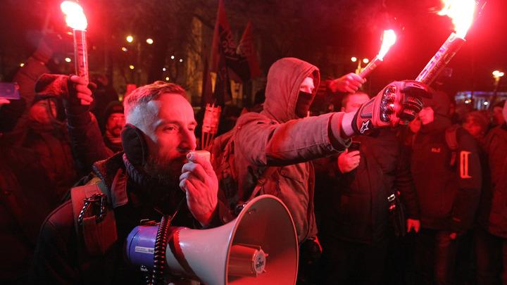 Видимо, придётся стрелять: Украинские националисты хотят перекроить результаты выборов
