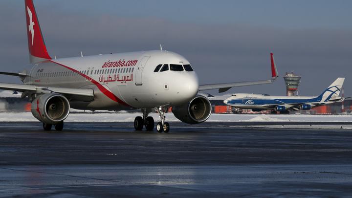 ЧП в воздухе: У самолета Чита - Москва произошла поломка двигателя
