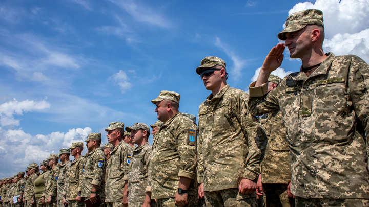 Роль США после гибели восьми американцев на Украине сдал Баранец: Работают сотни инструкторов