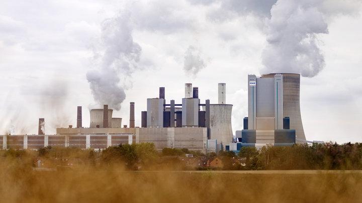 Показался край медного тазика: Энергетик сравнил газовые мощности США и России
