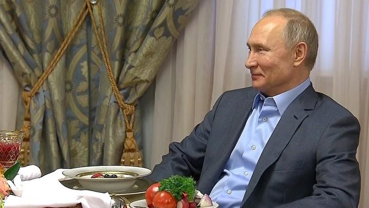 С чего начинается Родина: Журналисты покажут уникальные архивные кадры с Путиным