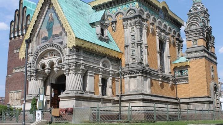 Земля под фундаментом церкви была доставлена поездом из российских губерний. Мрамор выписали с Кавказа. Фото: Евгений Криницынс